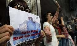 Furious China threatens 'countermeasures' after Trump signs Hong Kong legislation