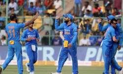 Live Score India vs Australia, 3rd ODI: India restrict Australia to 286/9 despite Smith 131