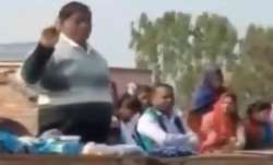 Put Rs 100 notes in answer sheets: School manager gives