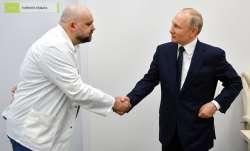 Coronavirus: Moscow doctor who shook Putin's hand tests positive