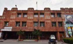 JNU strongly advises students stranded in hostels to return to their native places