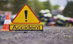 Truck, SUV collision, Uttar Pradesh, Pratapgarh
