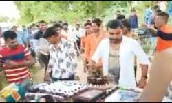 Youths hold birthday celebration, disobeys all COVID-19 guidelines | WATCH