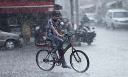 IMD forecasts heavy rainfall in Mumbai, Thane; red alert