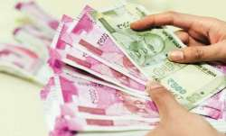 7th Pay Commission: Salary cut of govt employees extended for 6 more months, leave without pay for 5