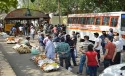 Agra, Uttar Pradesh, cremation centres, bodies, COVID-19 pandemic, coronavirus vaccine, vaccination