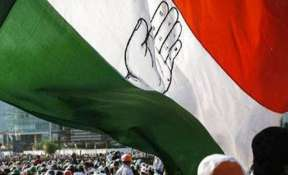Congress in troubled waters in UP as resignations begin