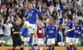 Leicester City's Jamie Vardy celebrates scoring his side's