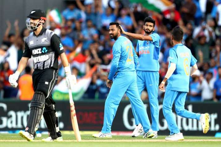 India vs New Zealand, 2nd T20I: Controversy in Auckland over Daryl Mitchell's puzzling dismissal