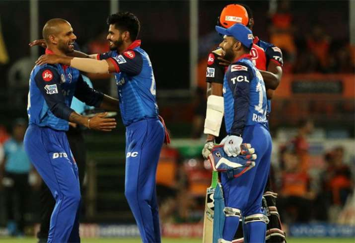 Shikhar Dhawan, Ishant Sharma burn the dance floor after Delhi Capitals' win over SRH