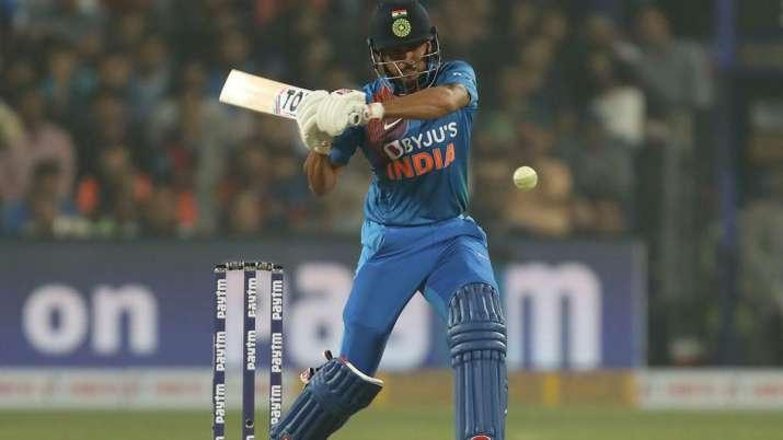 Manish Pandey in action against Sri Lanka