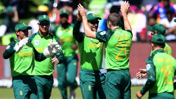 South Africa government suspends CSA, takes control of cricket in country