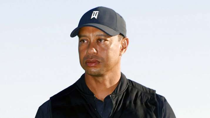 tiger woods, tiger woods car crash, tiger woods accident tiger woods crash